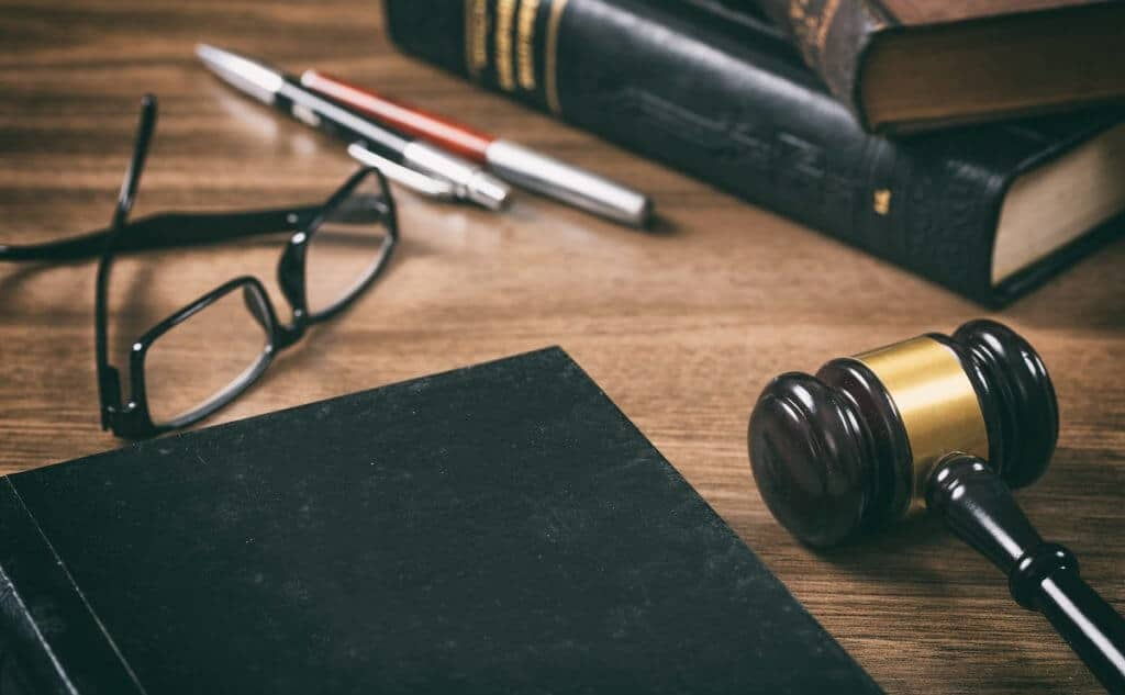 , Top 5 Reasons to Hire a Criminal Lawyer