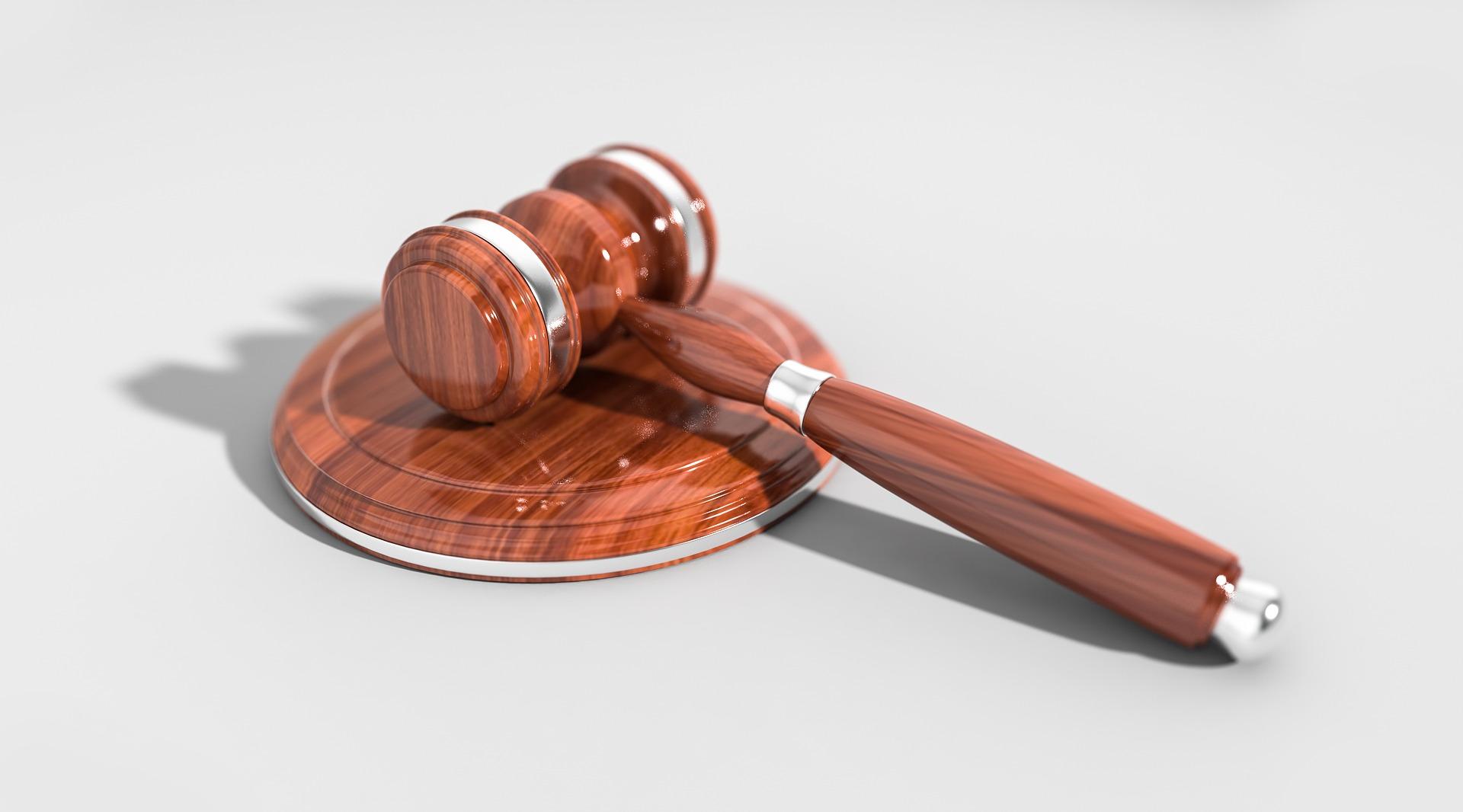 gavel in law